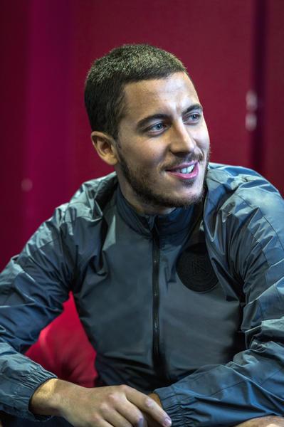 SU16_Nike_FC_Hazard_1_native_600