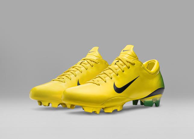 2006_Nike_Mercurial_Vapor_III__55732
