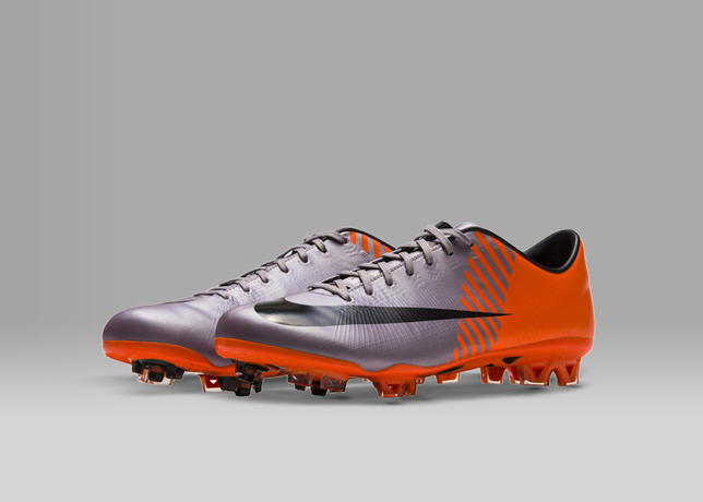 2010-NIKE-MERCURIAL-VAPOR-SUPERFLY-II_55839