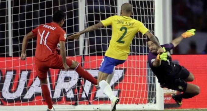 A derrota para o Peru com um gol de mão, pela Copa América Centenário foi o último jogo de Tite pela seleção.