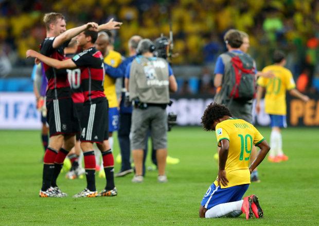 Será que se Felipão continuasse com seu esquema defensivo, a Alemanha teria nos humilhado daquela forma?