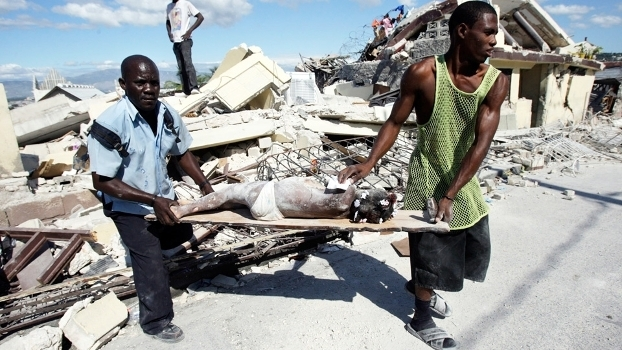 Terremoto em 2010 dizimou o Haiti e boa parte de sua população