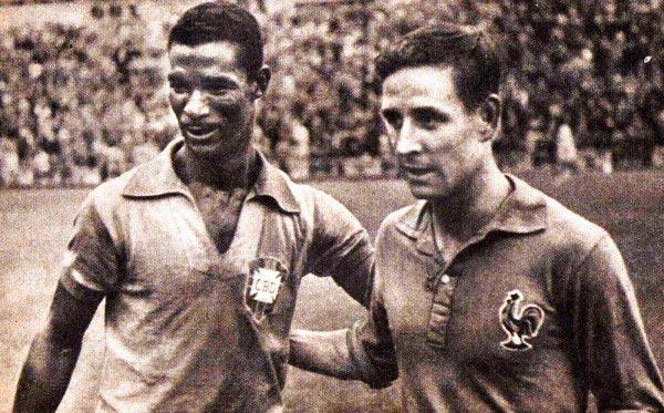 Didi e Kopa, antes do duelo entre Brasil e França.