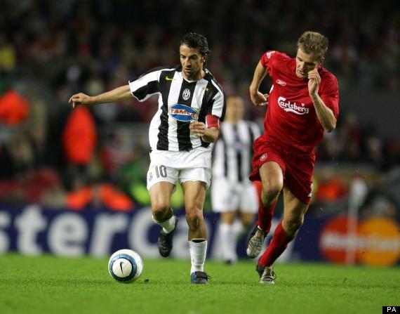 Liverpool's Igor Biscan and Juventus' Alessandro Del Piero