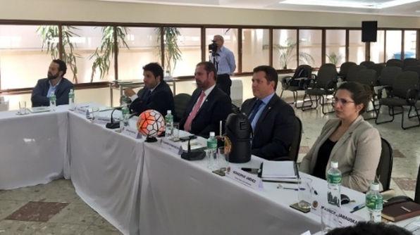 Reunião do Comitê Executivo da Conmebol decidiu pelo aumento da Libertadores, o que causou euforia nos clubes.