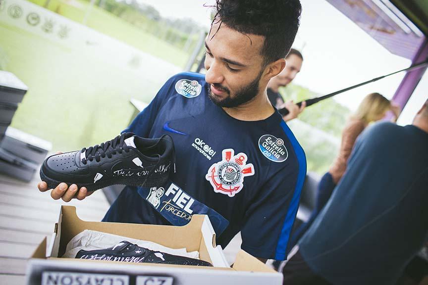 Tênis Nike - Edição de comemoração ao título do Corinthians