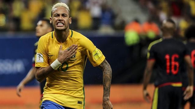 Neymar contra a colômbia